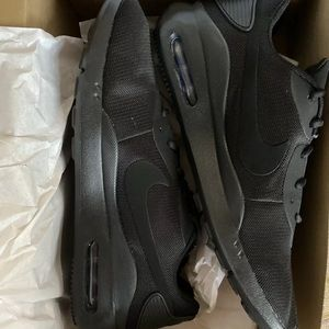New Nike Air Max Oketo Men's sneakers